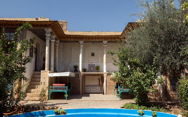 خانه ی سعادت شیراز