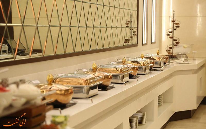 بوفه غذاهای رستوران ددلیشیا آگرا