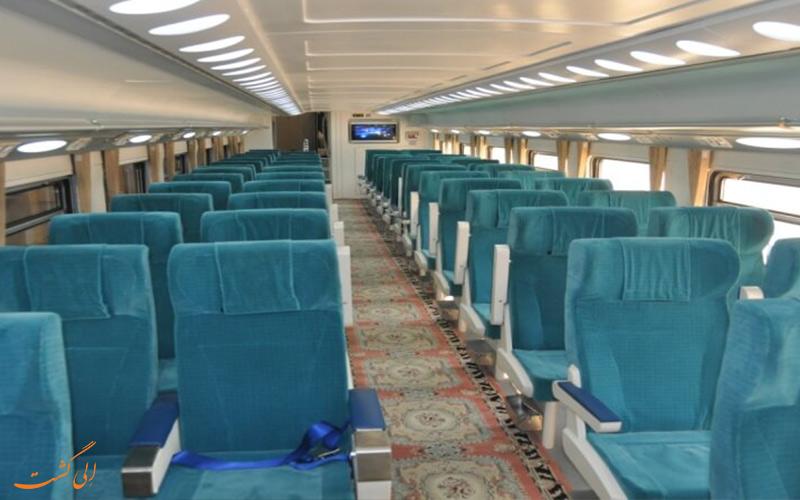 قطارهای دو طبقه ای