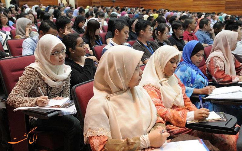 دانشجویان دانشگاه های پزشکی در آسیا-بهترین دانشگاه های پزشکی جهان
