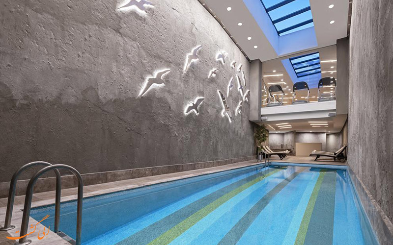 استخر هتل بیز جواهر استانبول