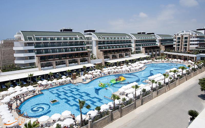 هتل Uall کریستال واتر ورلد در آنتالیا