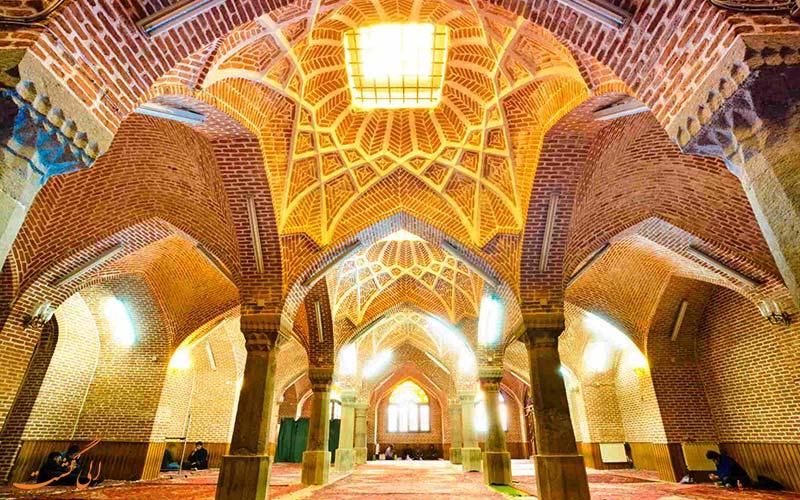 نورپردازی در مسجد جامع تبریز