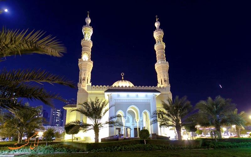 مسجد جمیرا در دبی نمونه ای از معماری های دوران خلافت فاطمیان است.