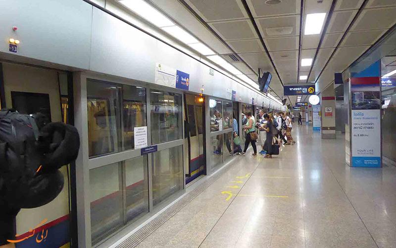 ام آر تی، سیستم قطار شهری زیر زمین NV FHK;,;