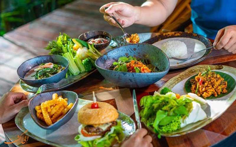 غذاهای متنوع در رستوران های جزیره پوکت