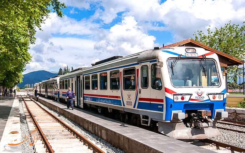 روش های سفر به ترکیه با قطار از تهران و تبریز