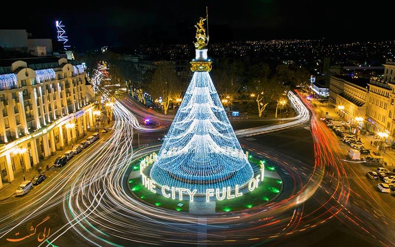 میدان آزادی تفلیس در زمان کریسمس