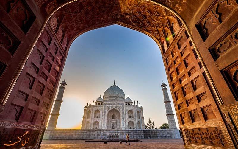 تاج محل، مشهورترین بنای تاریخی هند در آگرا