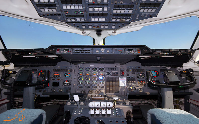 کابین خلبان و کنترل هواپیما BAe 146
