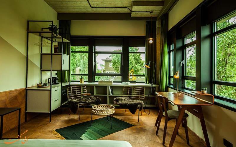 وی فیزاوسترات، یکی از بهترین هتل های آمستردام