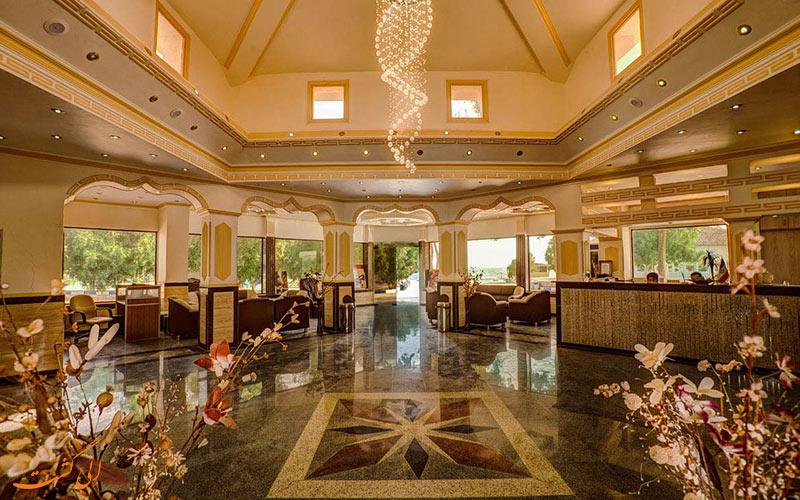لابی یکی از بهترین هتل های قشم