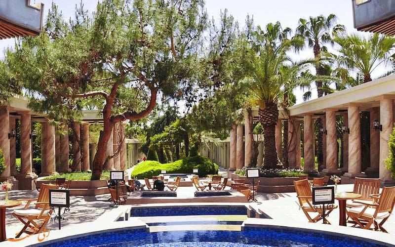 باغ اختصاصی آستریا هتل
