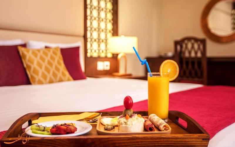 صبحانه در اتاق یکی از بهترین هتل های قشم
