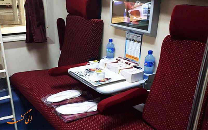 امکانات قطارهای 4 ستاره و 5 ستاره در ایران مانند قطار سیمرغ