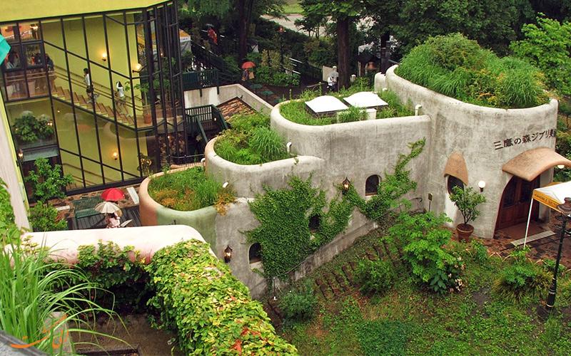 نمایی دور از ساختمان موزه جیبلی ژاپن