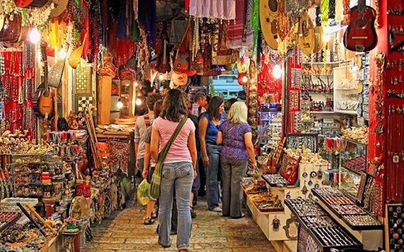 نمایی از یکی از بازارهای سنتی گوا