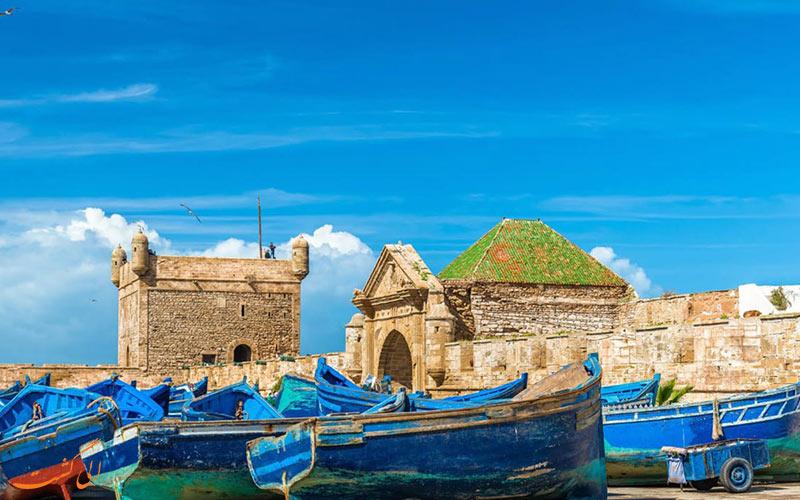 تصویری از قایق ها در ساحل بندر عباس