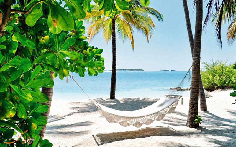 نمایی از آفتاب گرم و تاب استراحت بهترین زمان سفر به مالدیو