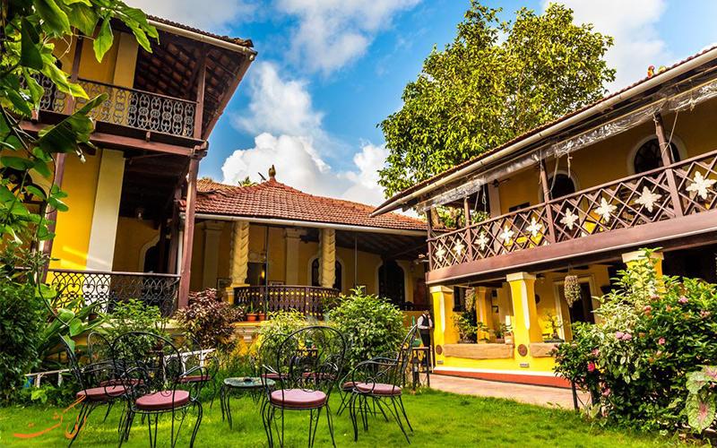 فضای آزاد با مبلمان اقامتگاه کاسا منزس (Casa Menzes Homestays) در گوا