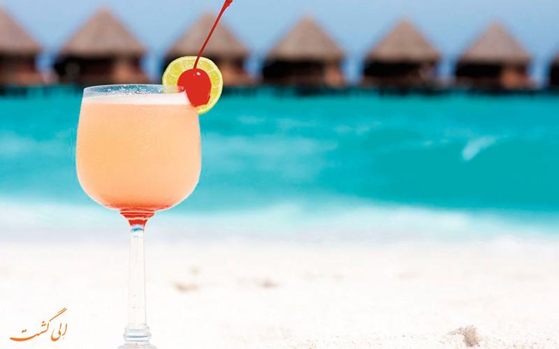 تصویری از نوشیدنی خنک جزو تفریحات در جزایر مالدیو
