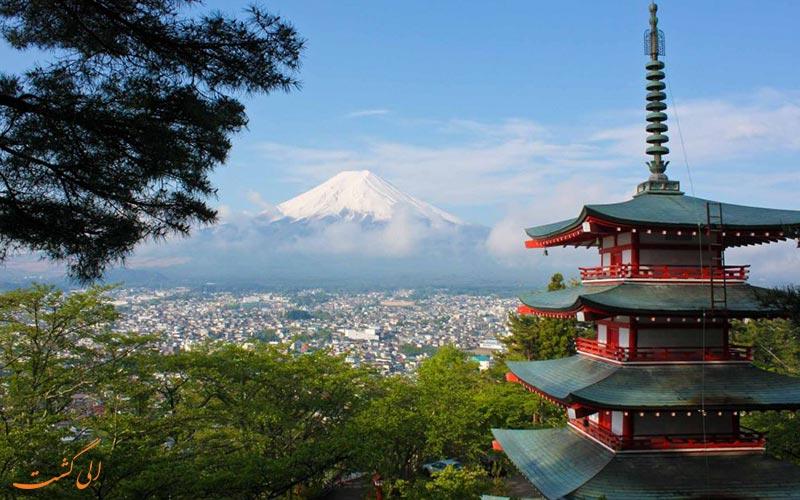 تابستان و منظرهی کوه فوجی