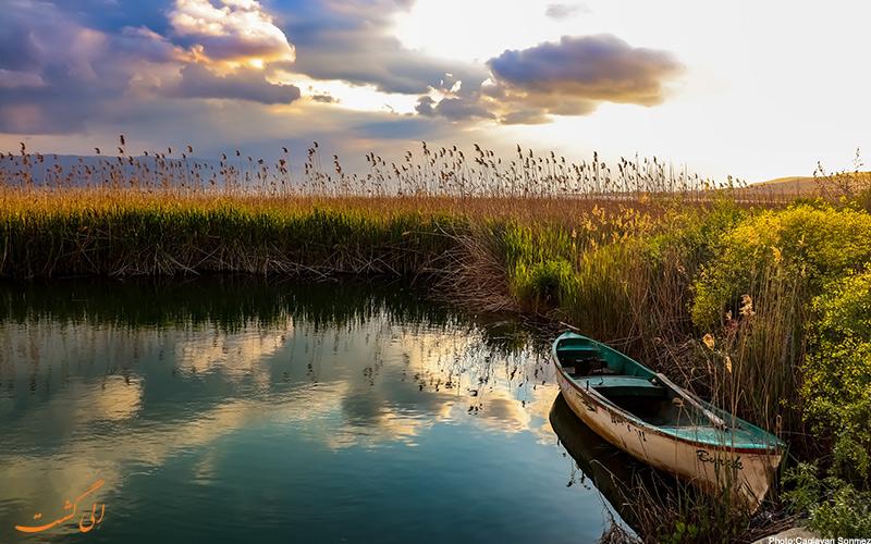 نمای بسیار زیبای دریاچه ایزنیک