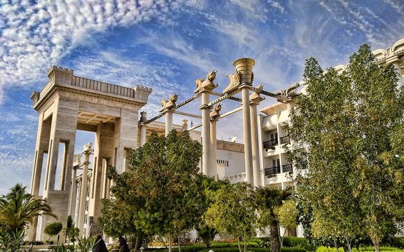 هتل بزرگ داریوش از بهترین هتل های 5 ستاره کیش
