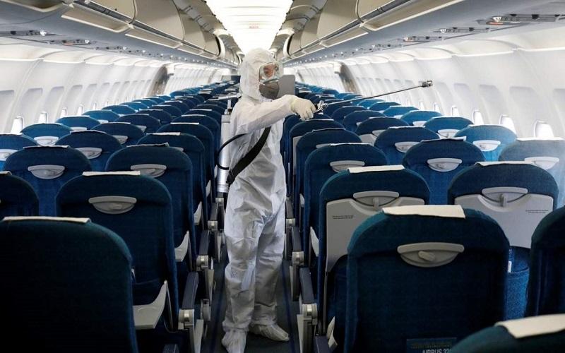 تصویری از ضدعفونی هواپیما
