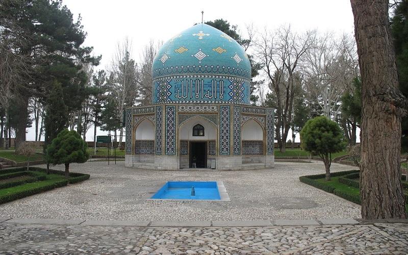 همه چیز درباره عطار نیشابوری شاعر شهیر ایرانی