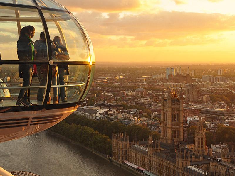 اتاقک-های-مسافربری-چرخ-فلک-لندن.jpg2