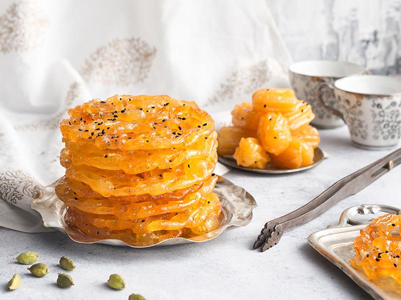 زولبیا بامیه، شیرینی محبوب ایرانی