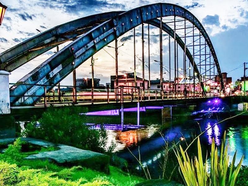پل-معلق-برروی-رودخانه-بابلرود