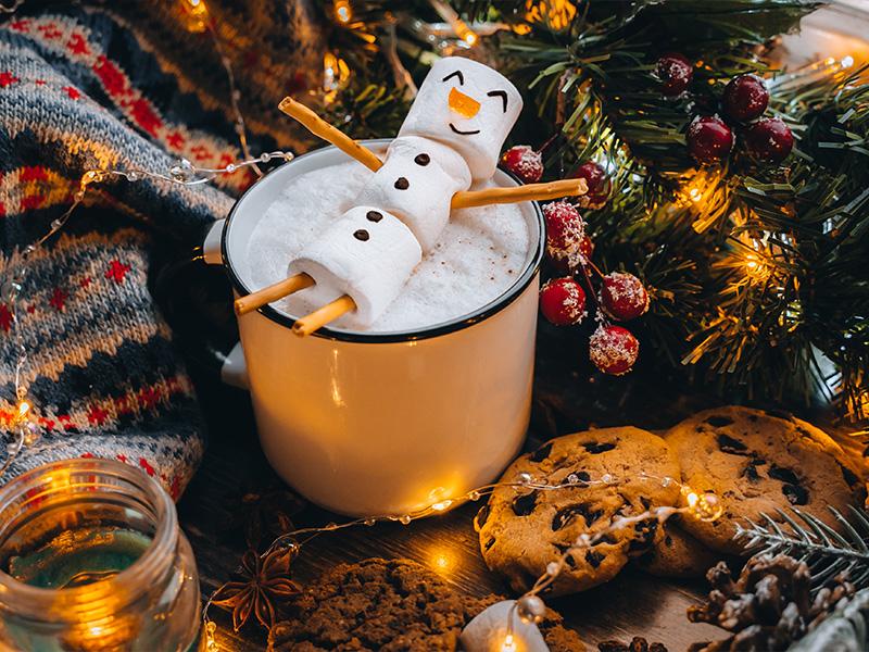 ۱۴ دسر گرم و خوشمزه زمستانی در دنیا