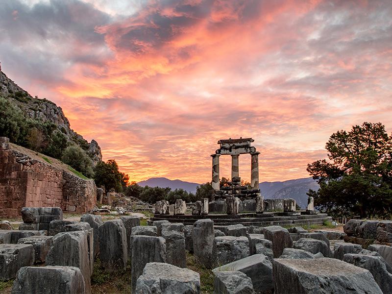 حقایق جالب از معبد دلفی در یونان
