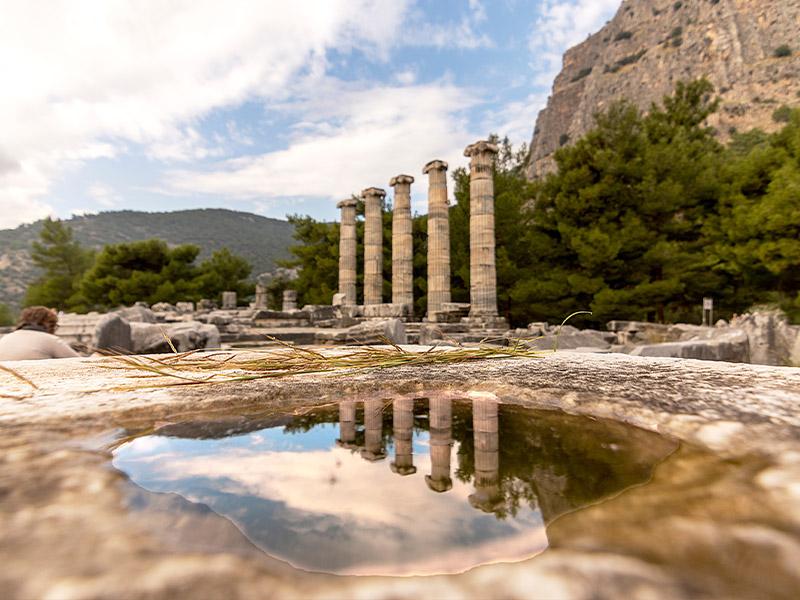 هر آنچه باید از شهر باستانی پرین در کوش آداسی ترکیه بدانید