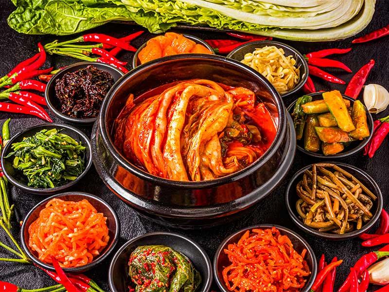 چگونه در کمتر از ۱۰ دقیقه غذای کره ای بپزیم؟