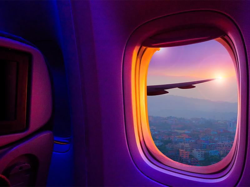 رزرو صندلی کنار پنجره در هواپیما